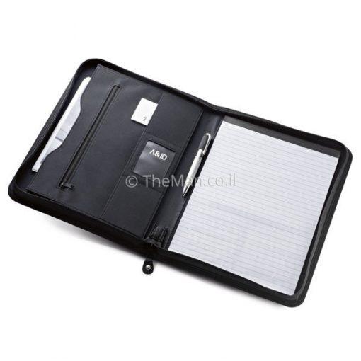 תיקיית A4 שחורה דמוי עור בשילוב מיקרו פייבר נוחה ושימושית