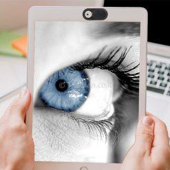 תריס-מצלמה-לטאבלט-עם-עין