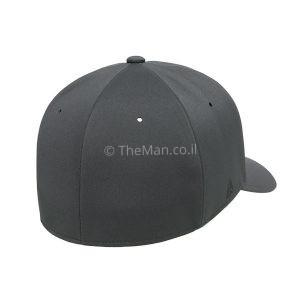 FLEXFIT DELTA צד אחורי של הכובע
