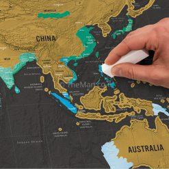מפת עולם בצבע שחור זהב