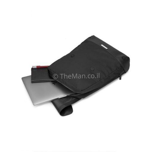 תיק למחשב נייד בצבע שחור