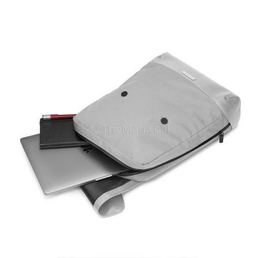 תיק מחשב נייד בצבע אפור בהיר